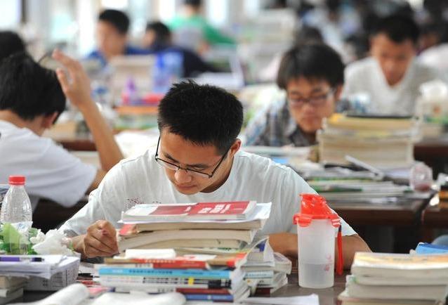 为何三本学生可通过考研上985,高考却上不了?高三老师说出原因