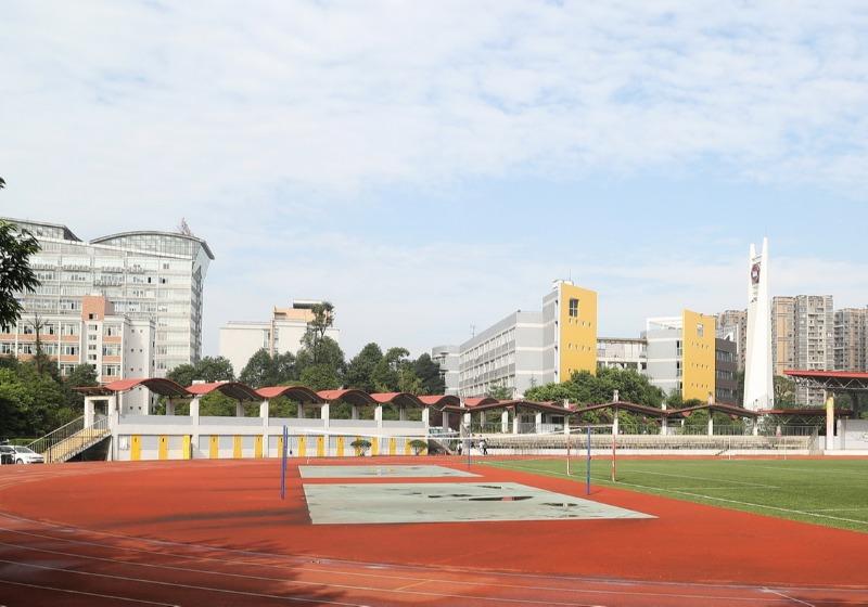 学校足球场