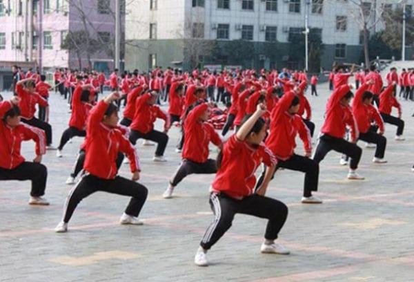 体质弱的孩子到少林武术学校学习武术好吗