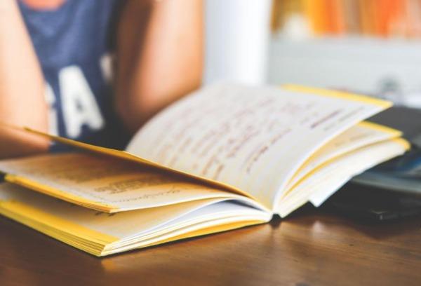 中专升大专要读几年?