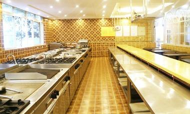 西式烹饪操作间