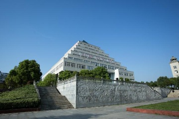 武汉商贸职业学院
