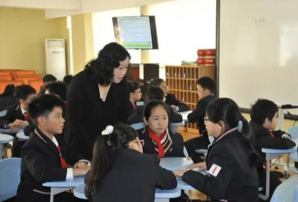 """中考和高考后,在老师那花高价""""补课""""的学生,最后都考了多少分"""