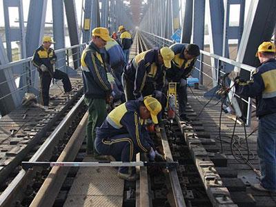 铁路施工与养护
